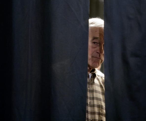 ron paul drops out of 2012 race