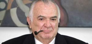 Former president de la Madrid dies at age 77