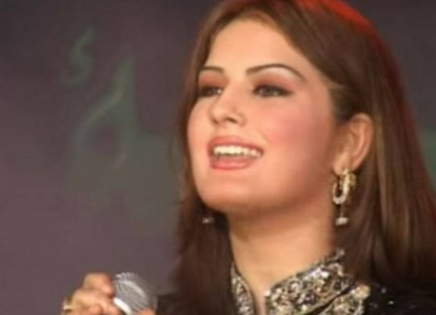 Popular Female Pakistani Singer Killed In Drive By Shooting1