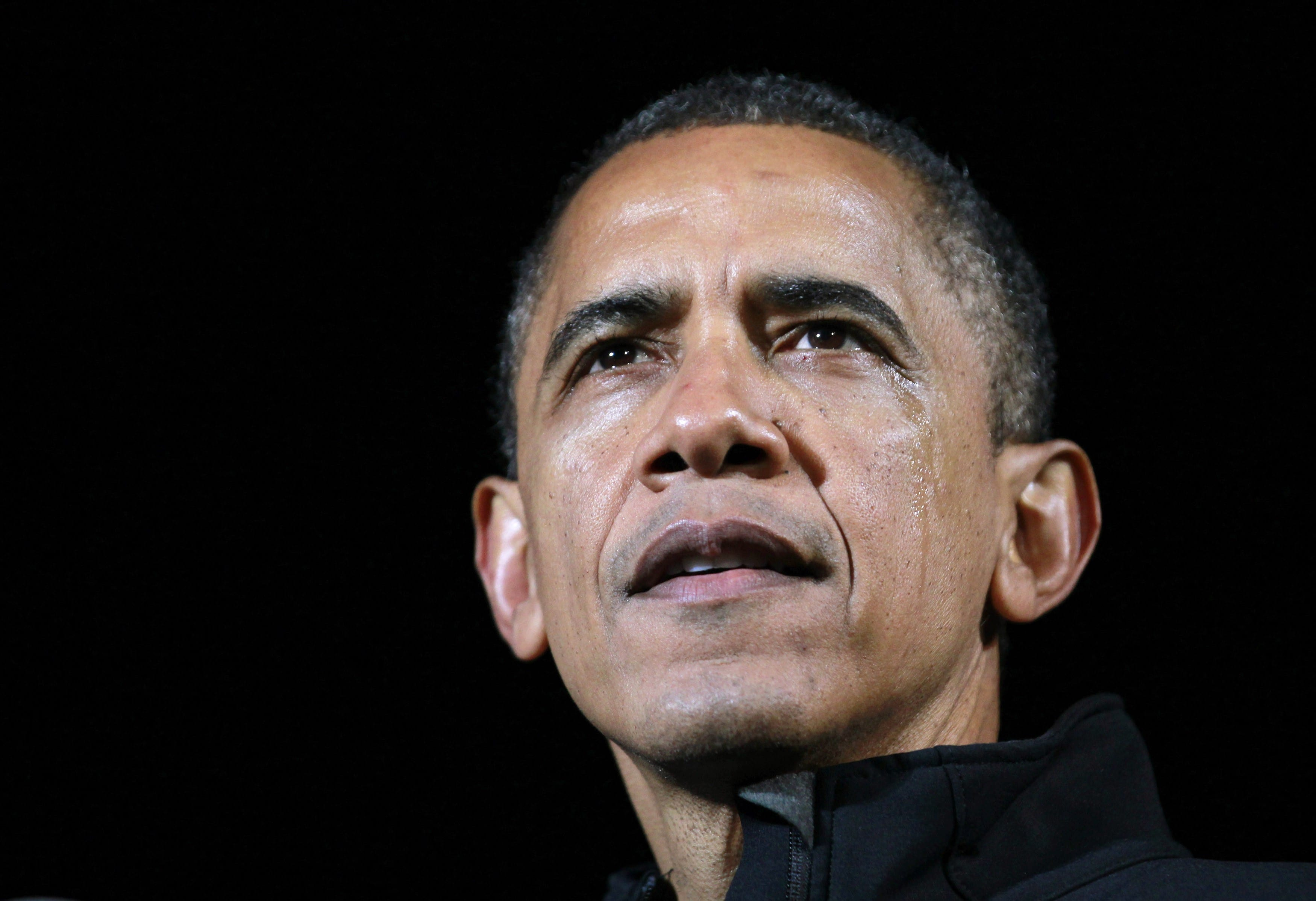 Pres. Obama Gets Teary During Final Rally In Iowa