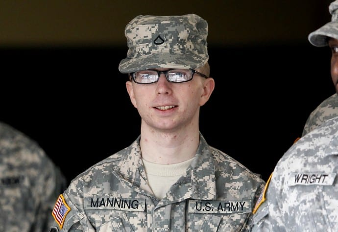 Manning's Lawyer: Government Withholding 250,000 Pages Of Damage Assessment Reports