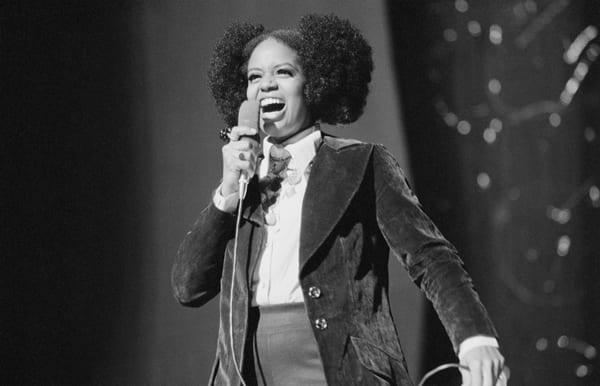 Rescue Me Fontella Bass Dies After Heart Attack Complications