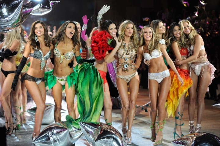 Watch The Victoria's Secret Fashion Show 2012 With Miranda Kerr, Candice Swanepoel, Rihanna, Justin Bieber & More, 10/9c on CBS TONIGHT