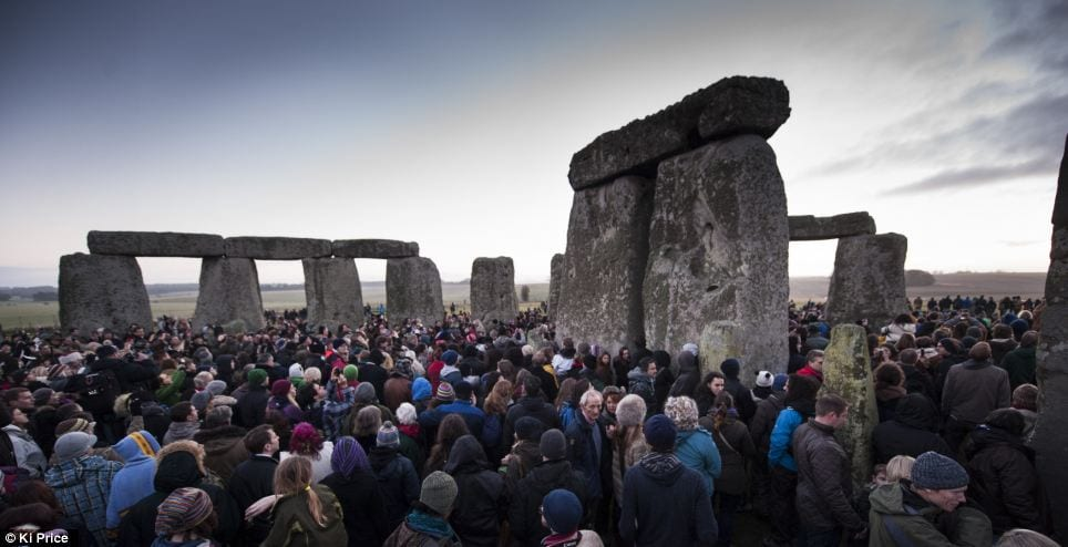 Winter Solstice: Thousands Celebrate At Stonehenge As Date Coincides With Ma <div style=