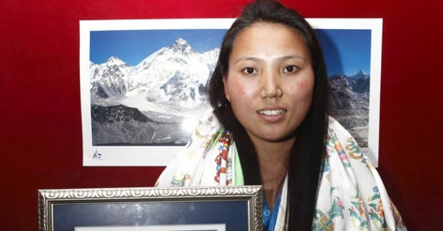 2 Everest Climbs Puts Nepal Woman In Record Book