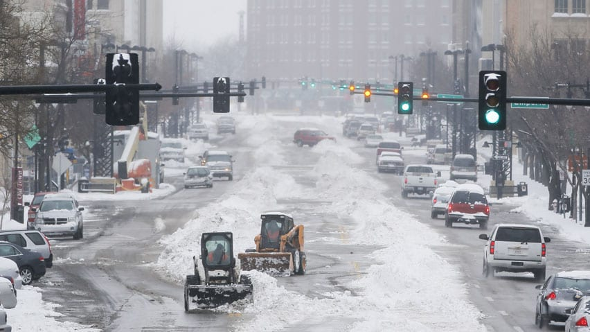 Storm Promises Messy Dangerous Commute In Midwest