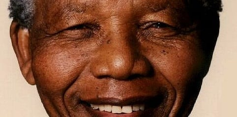 Ailing Mandela Opens Eyes Smiles On Hearing Of Obama's South Africa Trip