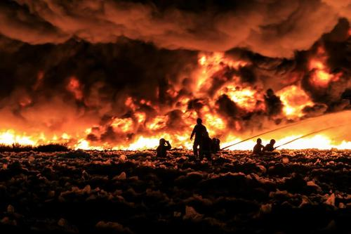 Chinese lantern sparks blaze at recycling plant in England