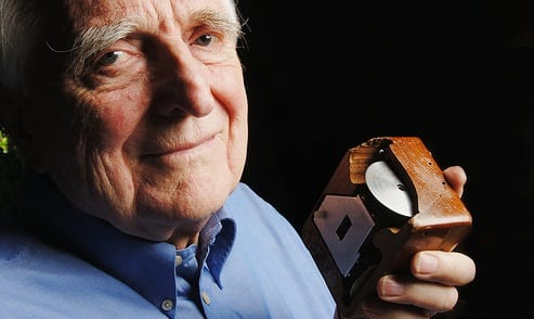 Douglas C. Engelbart Inventor Of The Computer Mouse Dies At 88
