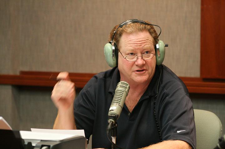 Ed Schultz Ends Radio Show Moves to Web Based Broadcast
