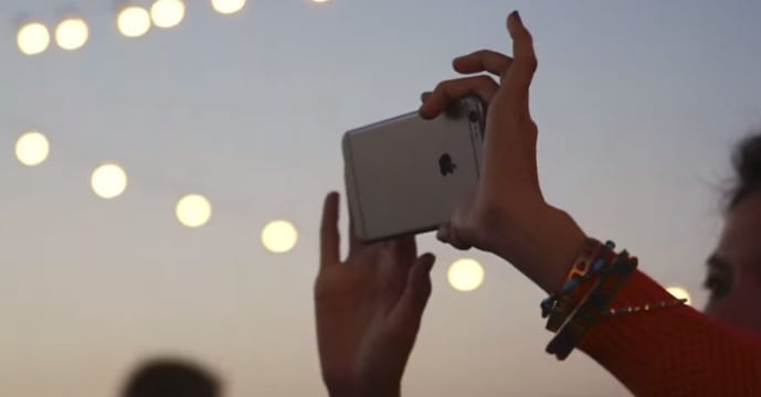 Apple receives record pre orders for new iPhones1