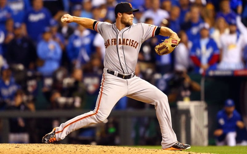 Giants Win Game One