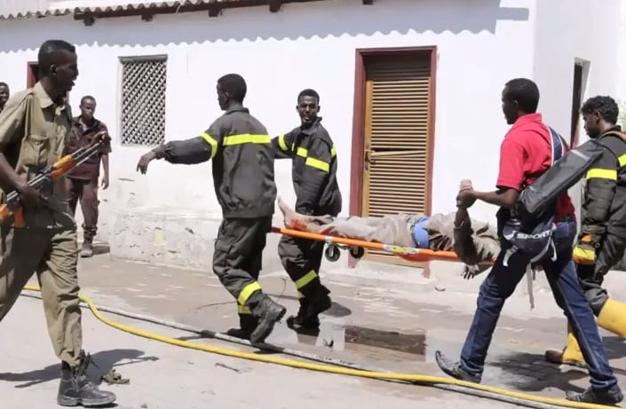 Death Toll From Attack on Somali Hotel Rises to 25 VIDEO