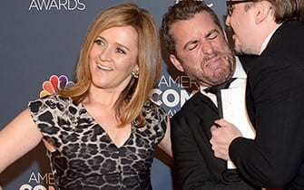 samantha bee to host show on tbs