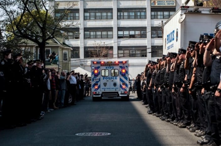 NYPD Officer Shot in the Head Dies VIDEO