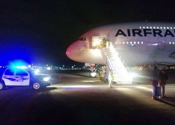 Two Air France Flights to Paris Diverted After Bomb Threats VIDEO