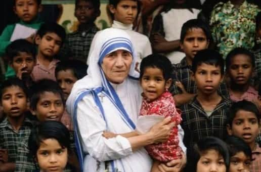 Mother Teresa to Be Made a Saint VIDEO