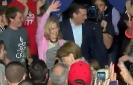 Carly Fiorina falls off stage at Cruz event