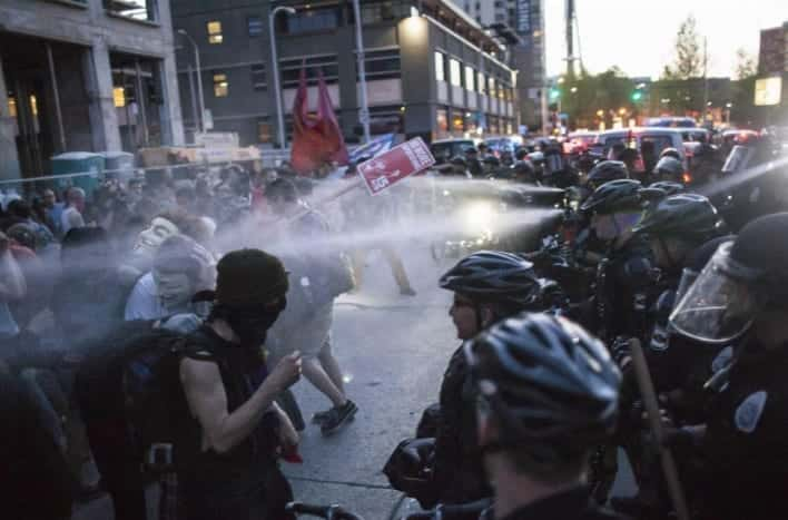 Clashes at May Day Protest in Seattle VIDEO