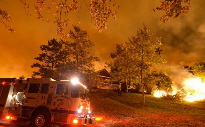 Hundreds Evacuate Wildfires in SoCal NM