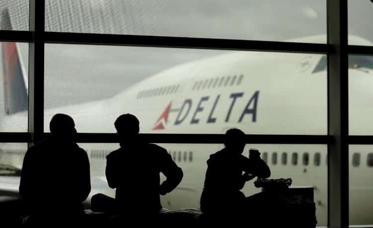 'System Outage' Grounds Delta Flights VIDEO