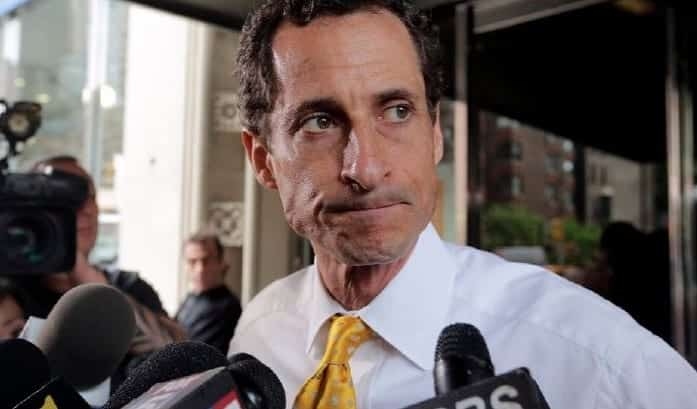 Anthony Weiner Quits Twitter After New