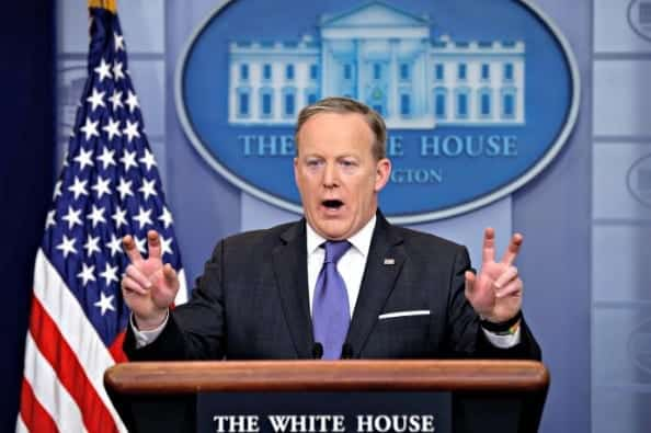 SpicerTrump to Donate Salary at End of Year