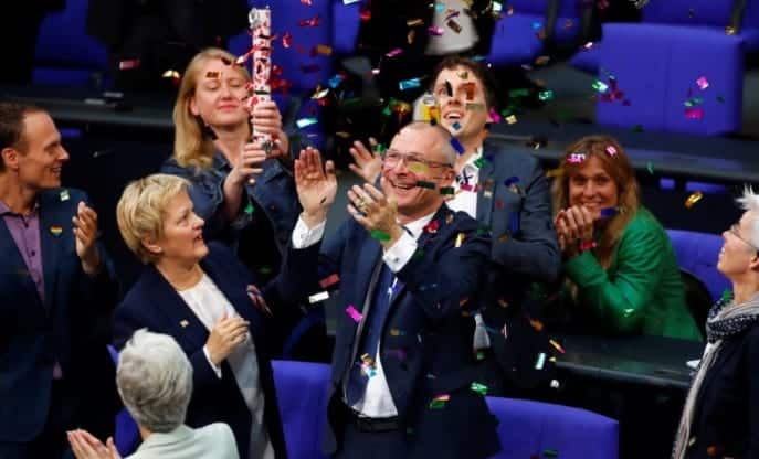 German Lawmakers Vote To Legalize Same Sex Marriage