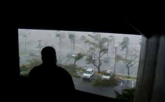 Hurricane Maria Leaves Puerto Rico Completely Without Power