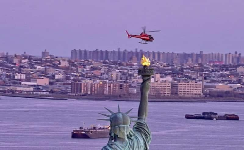 5 Killed In New York City Helicopter Crash